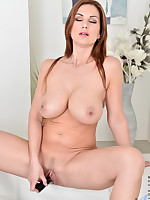 Anilos.com - Freshest mature women on the net featuring Anilos Carol Gold busty moms